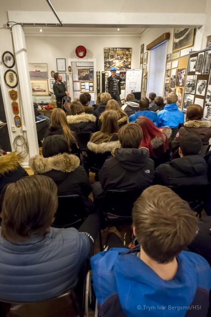 Talk-show Harstad Skipsindustri - Kaarbøvveteraner og Ola Bremnes